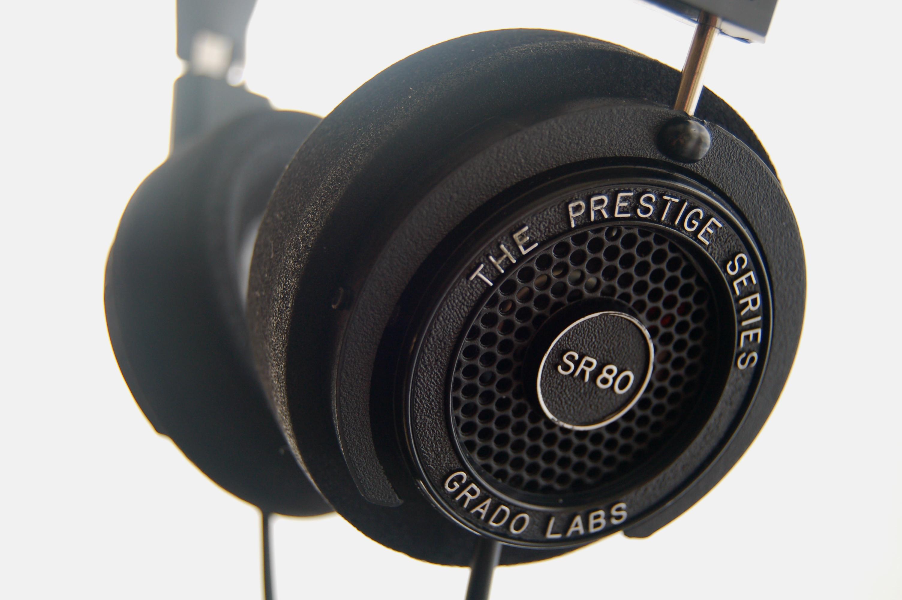 grado professional closed headphone