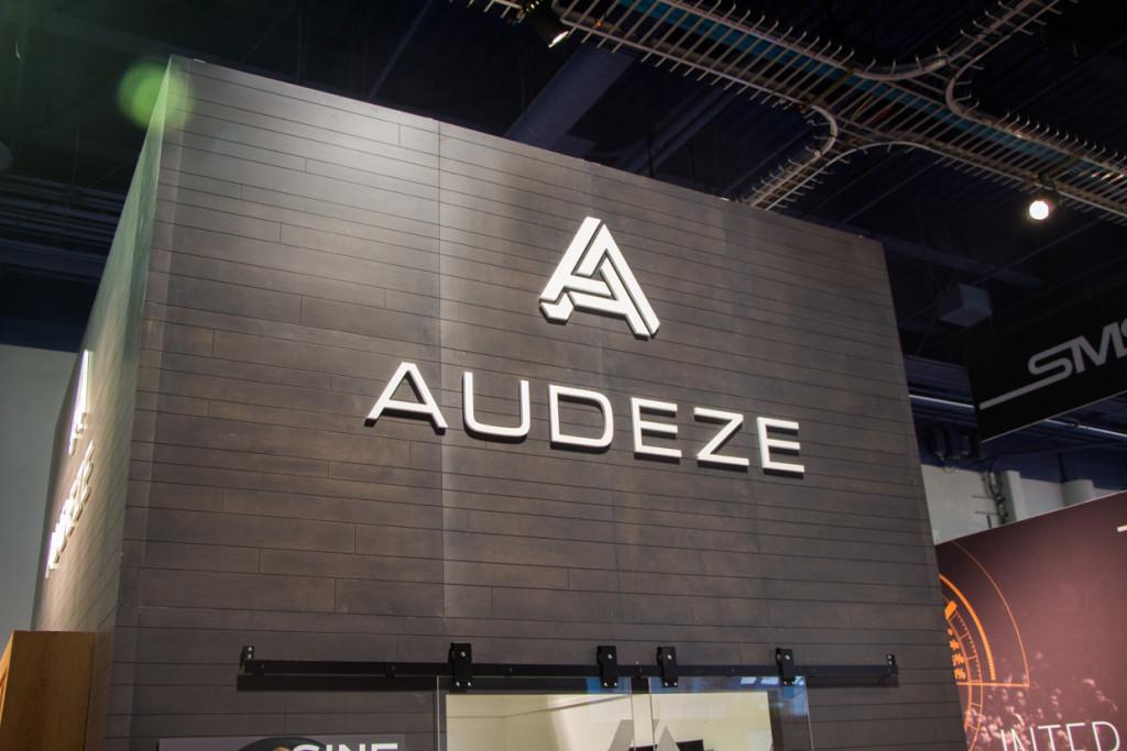 Audeze-3