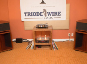 The Volti Audio and Vinnie Rossi room at T.H.E. Show Newport put out tons of good energy. This includes both sound waves and positive vibes. Things are lighthearted and sound […]