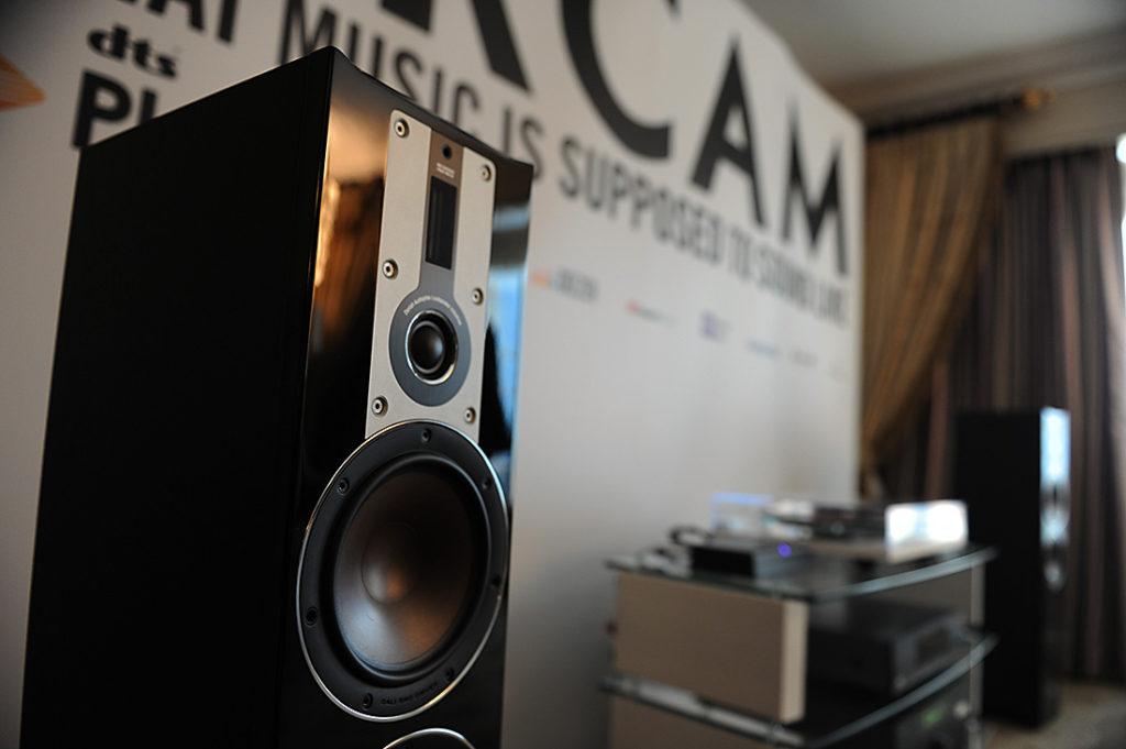 Arcam and Acoustique Quality Loudspeakers – CES 2017