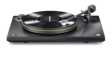 Mobile Fidelity Electronics Launches Two New Turntables