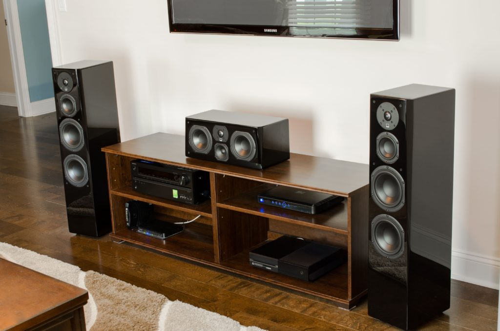 Tips On Setting Up A Center Channel Speaker Audiohead