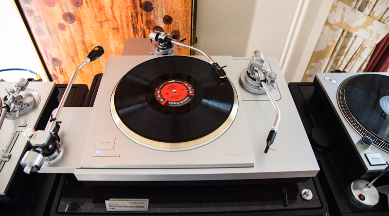 Technics New Reference Turntable SP-10R, SL-1000R and All-In-One SC-C70 – CES 2018