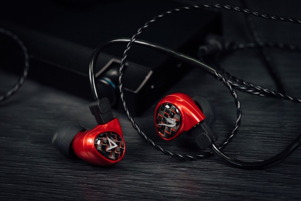 Astell, Kern and Jerry Harvey Release Billie Jean – A New Budget IEM Enters The Siren Series